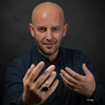 Hipnotistul Andrei Voicu